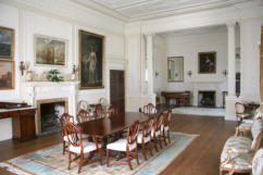 Classic Geogrian-style Drawing Room